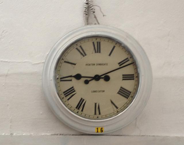 small clock 2